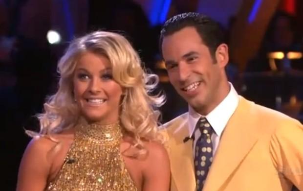 Hélio Castroneves e Julianne Hough, em Dancing with the Stars (Foto: Reprodução ABC)