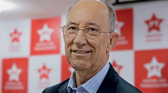 O presidente do PT, Rui Falcão (Foto: Alice Vergueiro/Futura Press/Estadão Conteúdo)