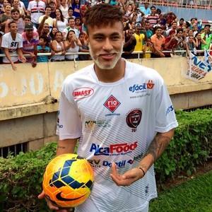 Neymar Futebol contra a Fome Uberlândia MG (Foto: Raul Neto)