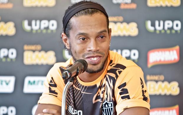Ronaldinho Gaúcho, Atlético-MG, Cidade do Galo, coletiva (Foto: Bruno Cantini / Site Oficial do Atlético-MG)
