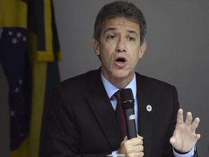 O ministro da Saúde, Arthur Chioro, foi à Câmara prestar esclarecimentos sobre o programa Mais Médicos (Foto: Antonio Cruz/Agência Brasil)