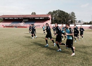 Grêmio treina no no Estádio Nicolau Alayon (Foto: João Paulo Fontoura / Grêmio, DVG)