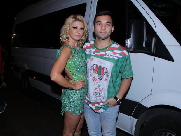 Antônia Fontenelle e o namorado (Foto: Rodrigo dos Anjos / AgNews)