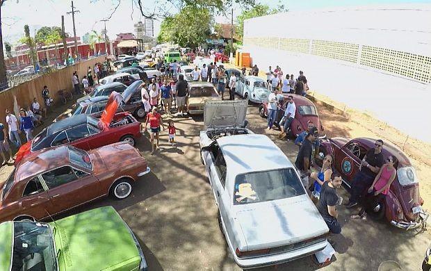 Exposição de carros antigos é realizada em Porto Velho (Foto: Amazônia em Revista)