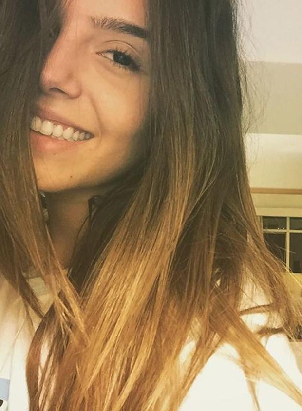 Giovanna Lancellotti sem maquiagem (Foto: Reprodução)