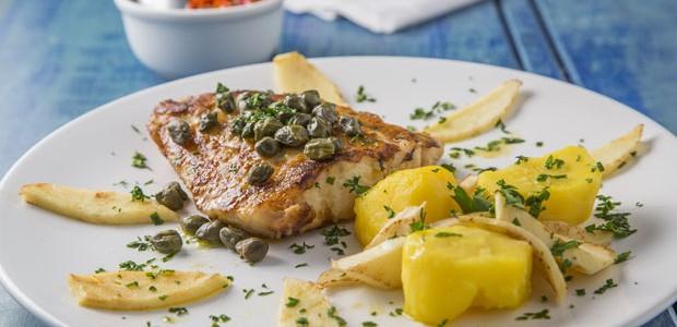 Filé de pescada ao molho de alcaparras: aprenda receita clássica (Foto: Divulgação)