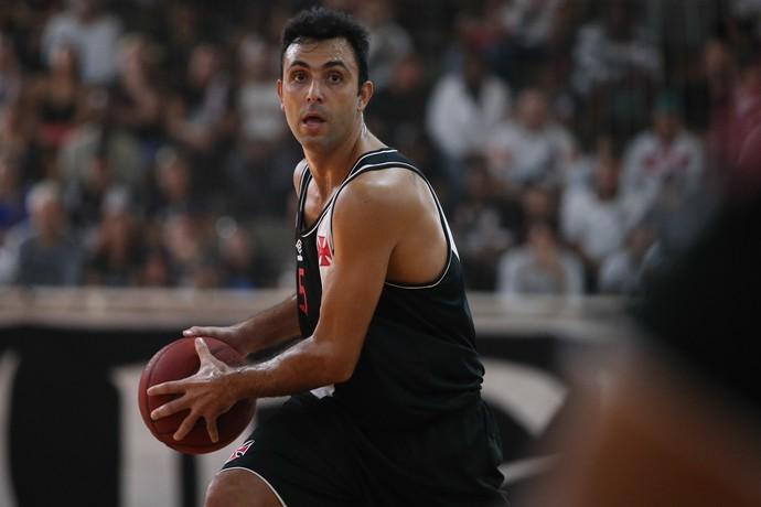 Vasco x Campo Mourão - Hélio jogo 3 final liga ouro basquete (Foto: Luiz Pires/LNB)