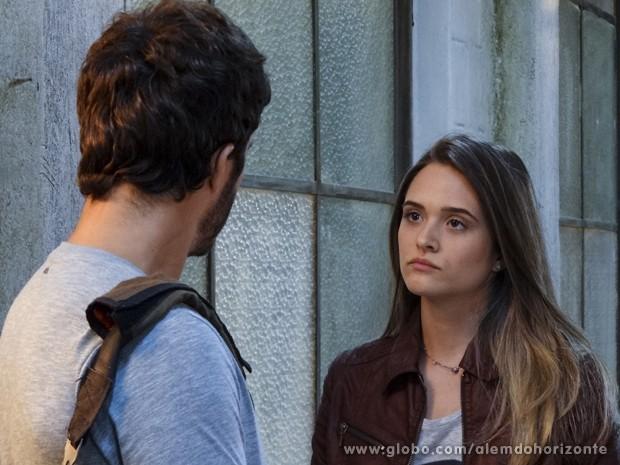 Lili acha que William é o culpado pelo adiamento da seleção dos escolhidos (Foto: Felipe Monteiro/TV Globo)