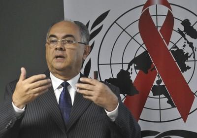 O coordenador no Brasil do Programa Conjunto das Nações Unidas sobre Aids (Unaids), Pedro Chequer, divulga o relatório global (Foto: Antonio Cruz/ABr )