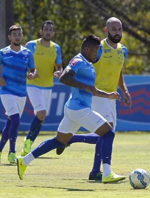 Cruzeiro; Marinho; Bruno Rodrigo (Foto: Washington Alves/Light Press)