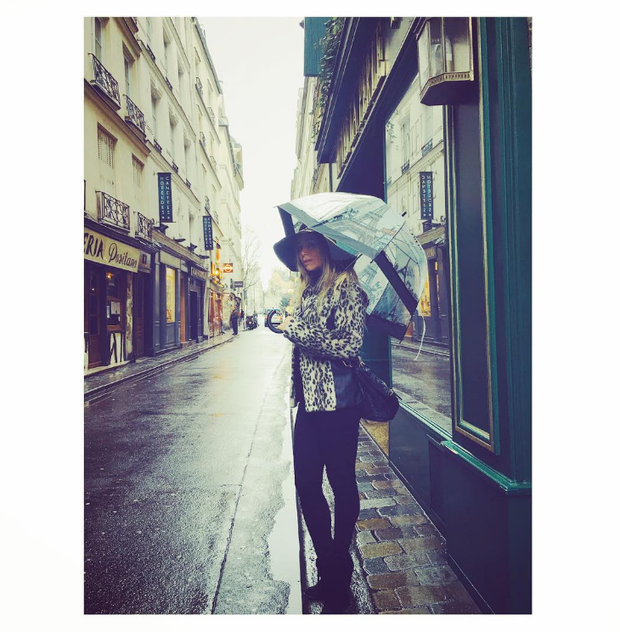 Danielle Winits em Paris (Foto: Reprodução/Instagram)