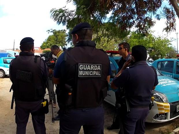 Guardas reivindicam melhor remuneração (Foto: TV Verdes Mares/Reprodução)