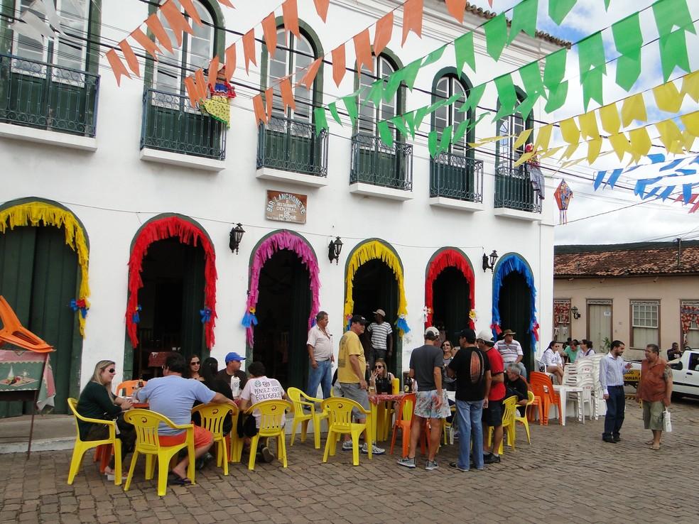 Cidade costuma ficar lotada de turistas durante os festejos juninos (Foto: Divulgação/Prefeitura de Mucugê)