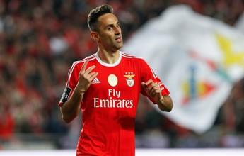 De saída do Benfica, Jonas e Talisca definem futuro na segunda, em Xangai