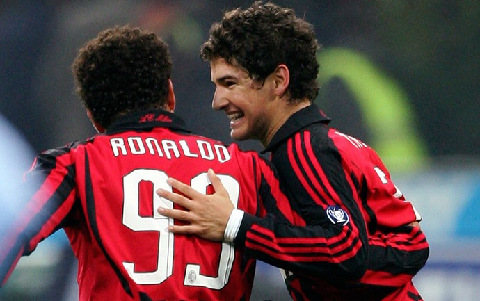 Pato e Ronaldo Milan arquivo (Foto: Reuters)