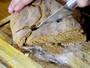 Aprenda a fazer a receita de pão preto medieval exibida no Vanguarda Mix