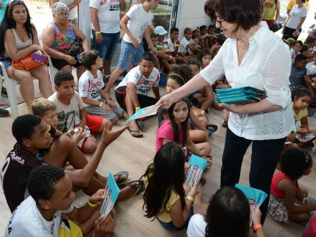 Presidente do FSS, Maria Inês Moron Pannunzio, participa das festas  (Foto: Assis Cavalcante)