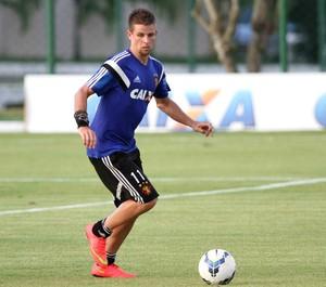 Matheus Galdezani sport (Foto: Aldo Carneiro / Pernambuco Press)