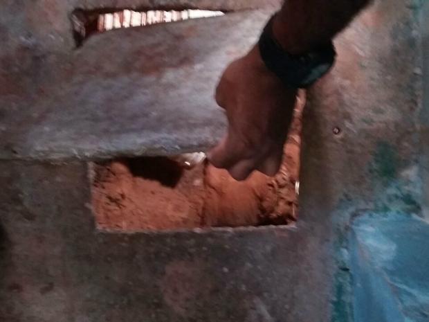 Servidores encontraram túnel de 70 metros na PCE em MT (Foto: Divulgação/Sindspen-MT )