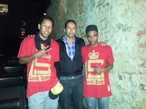 Emílio Domingos (no meio), com Cebolinha (à esquerda) e Yuri MisterPassista (à direita) (Foto: Renata Soares/G1)