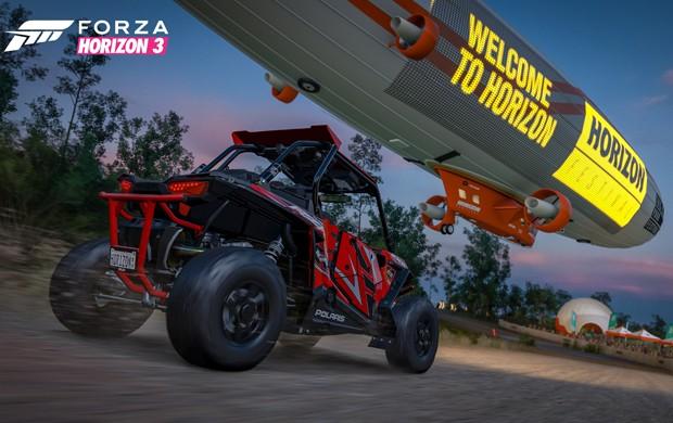 'Forza Horizon 3' continua com suas disputas impossíveis. Na da foto acima, uma corrida entre um buggy e um zepelim (Foto: Divulgação/Microsoft)