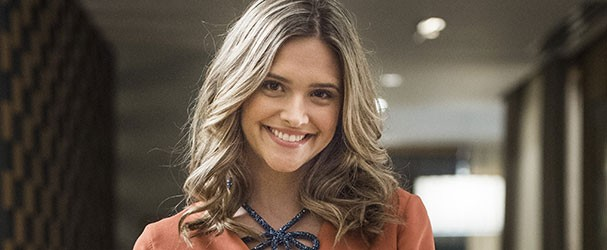 Simone (Juliana Paiva) (Foto: TV Globo)