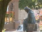 Furto de placas de cobre de cemitério preocupa e prefeitura dá recompensa
