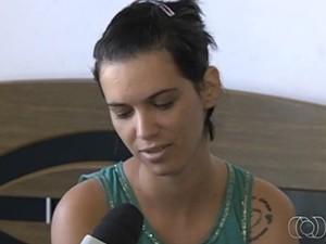 Mara Rúbia se recupera das lesões e já consegue ver vultos (Foto: Reprodução/TV Anhanguera)