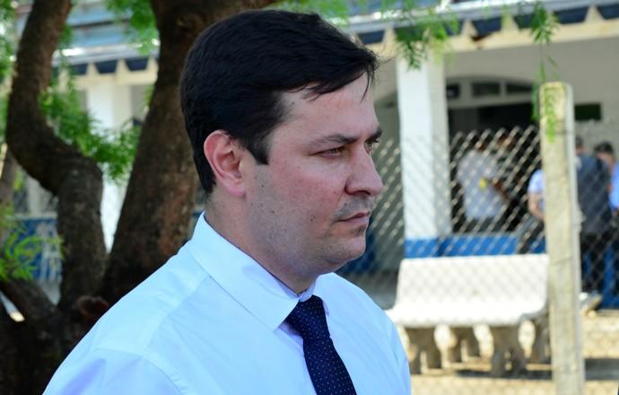 Hélio Marcondes presidente Taubaté (Foto: Danilo Sardinha/GloboEsporte.com)