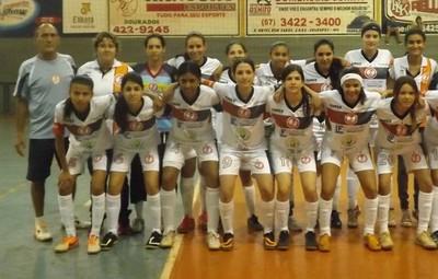 Equipe feminina de futsal da Aefa Dourados  (Foto: Divulgação/Dourados Esportivo)