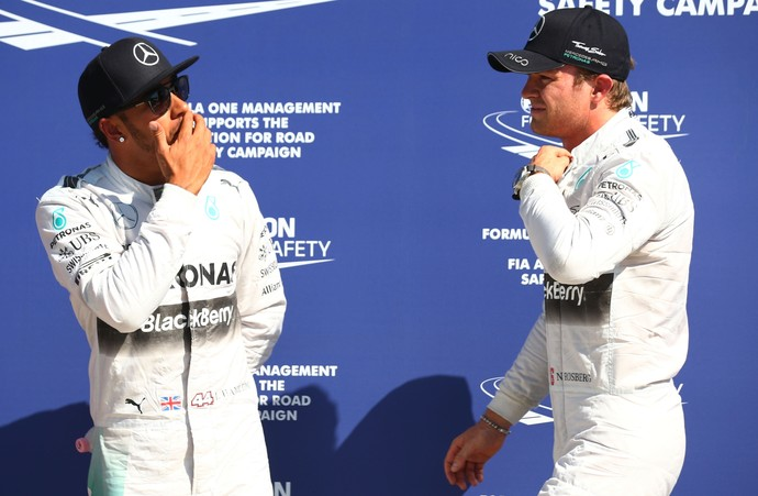 Lewis Hamilton e Nico Rosberg após o treino classificatório para o GP da Itália (Foto: Getty Images)