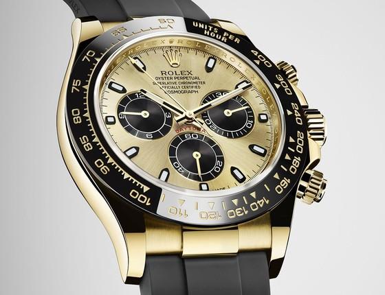 Um luxuoso relógio Rolex Daytona, de 1969,  foi vendido por módicos R$180 mil (Foto: Divulgação)