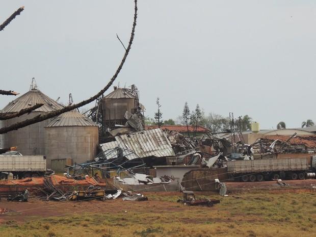 Tornado deixou rastro de destruição em Taquarituba (SP) (Foto: Ricardo Ossandon/Igreja do Evangelho Quadrangular)