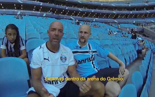 Lassise acompanhou Gre-Nal na Arena do Grêmio ao lado de australiano gremista (Foto: Reprodução SporTV)