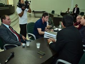 Deputados aprovaram relatório e pediram afastamento de secretário (Foto: Ascom/ALE-RR)