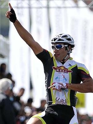 Francisco Chamorro, ciclista de Sorocaba, vence o GP São Paulo Internacional (Foto: Ivan Storti/Divulgação)