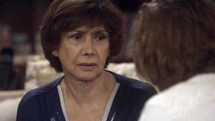 Zuza revela a Pedro o caso de Mág e Ciro (Foto: TV Globo)