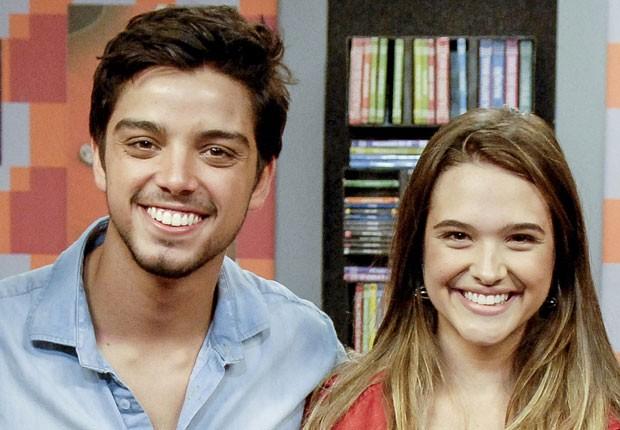 Rodrigo Simas, Juliana Paiva (Foto: Divulgação/TV Globo)