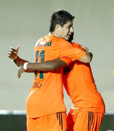 Conca comemora gol do Fluminense contra o Goiás (Foto: Adalberto Marques / Agência estado)