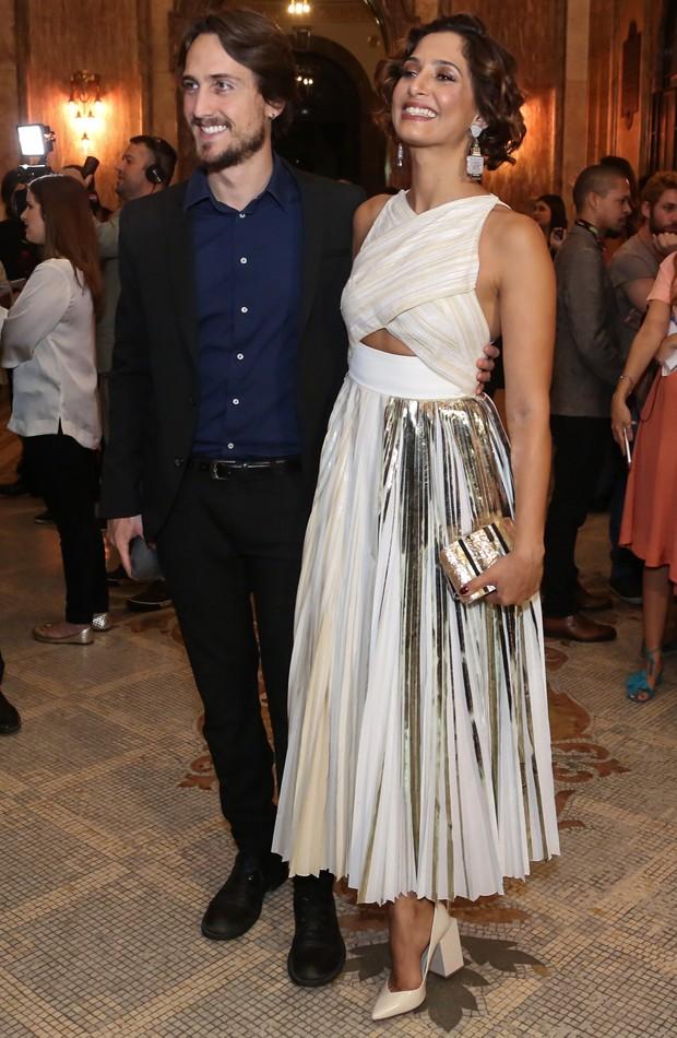 Camila Pitanga e Igor Angelkorte (Foto: Roberto Filho/Brazil News)