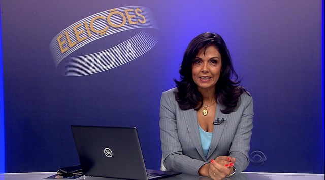 Candidatos Tarso Genro, PT, Ana Amélia, PP, e Vieira da Cunha, PDT, votam no RS