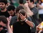 Bruno Gissoni beija muito no Lollapalooza: 'Só curtindo o show'