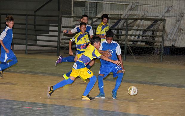 Jogos sub-13 iniciaram neste sábado (18) e prosseguem neste domingo  (Foto: Reynesson Damasceno (FRFS))