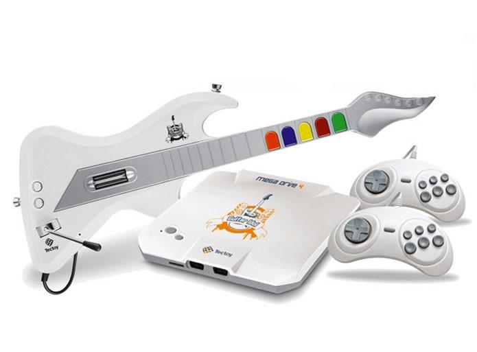 Mega Drive brasileiro vem até com guitarra (Foto: (Foto: Divulgação/Tec Toy))