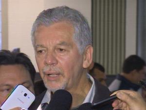 José Fortunati fala sobre incêndio no Mercado Público de Porto Alegre (Foto: Reprodução/RBS TV)