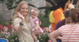 Sem Huck, Angélica leva Eva, de apenas 7 meses, para passeio na Disney; fotos (Sandra Pires)