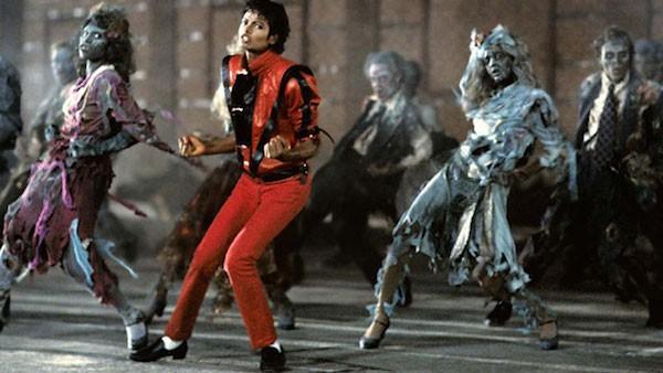 O cantor Michael Jackson no clipe de Thriller (Foto: Reprodução)