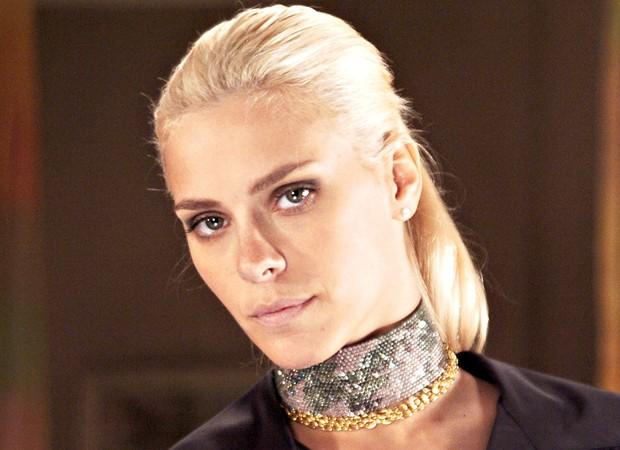 Em 2006, Carolina Dieckmann interpretou a vilã Leona na novela 'Cobras & Lagartos' (Foto: Divulgação/TV Globo)