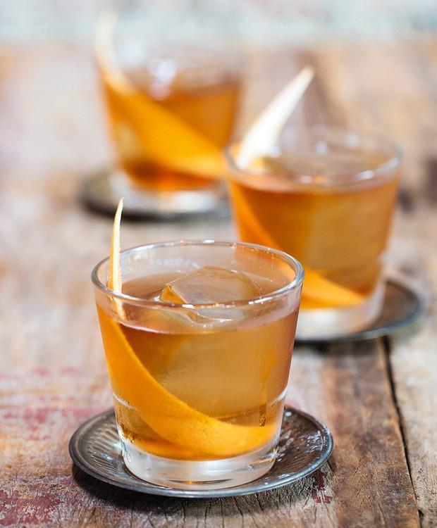 Rum old fashioned (Foto: Elisa Correa / Editora Globo)