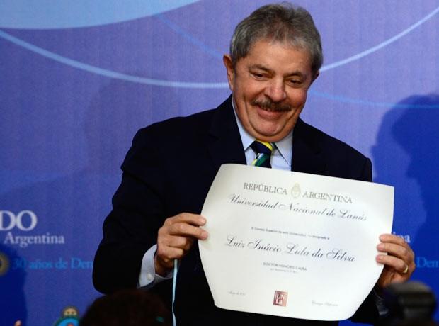 O ex-presidente Luiz Inácio Lula da Silva recebe homenagem nesta sexta-feira (17) no Senado da Argentina (Foto: AFP)